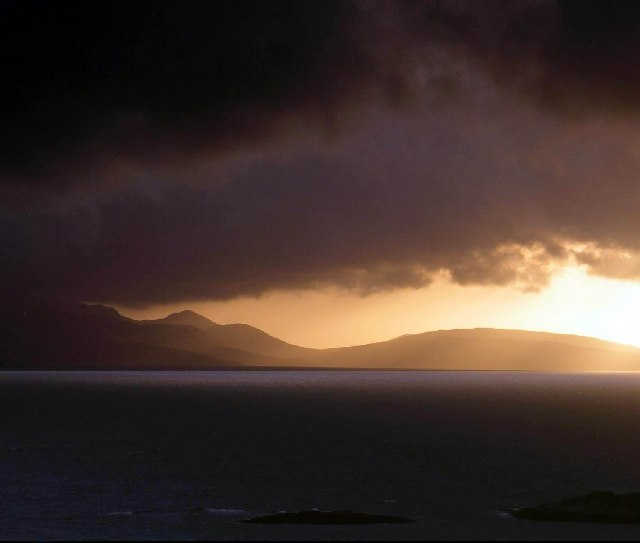 Dark_Clouds_over_Rum_-_geograph.org.uk_-_18088
