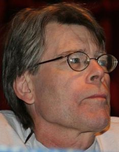 471px-Stephen_King,_Comicon